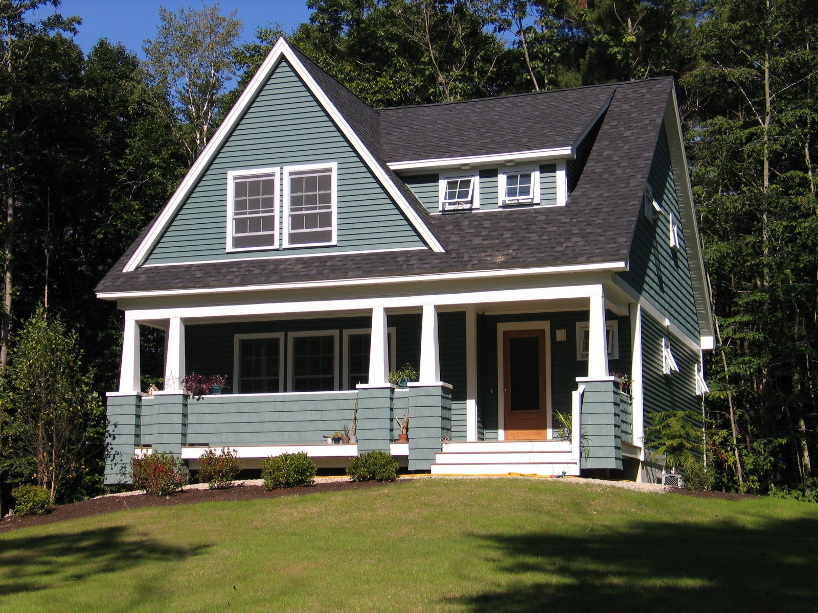 Is a craftsman style home right for you chinburg properties for Craftsman style architecture